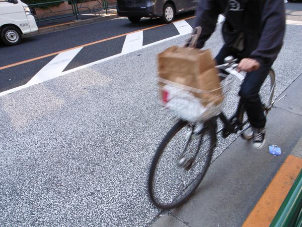 ふらつき、転倒、思い込み…高齢者の自転車事故を防ぐには