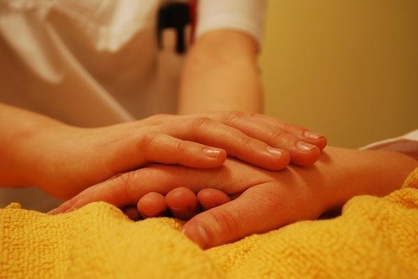 介護離職を避ける知恵 - 親と自分の人生を大切にするために 介護体制をどうつくるか?(後編)