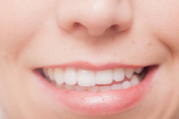 もしも入れ歯になったら?自分に合う入れ歯で豊かな生活を送るコツ