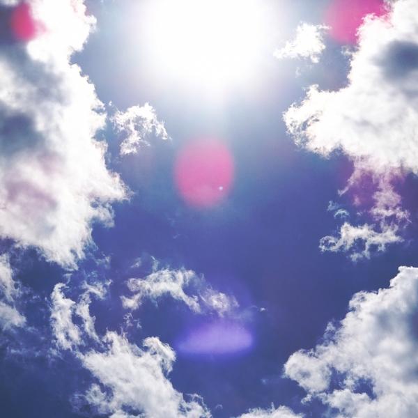 日焼け対策は肌だけじゃない!紫外線と上手に付き合う方法