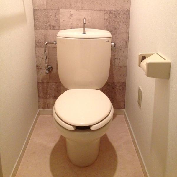 介護の排泄ケアグッズ3つ【紙オムツ・尿とりパッド・ポータブルトイレ】の基本